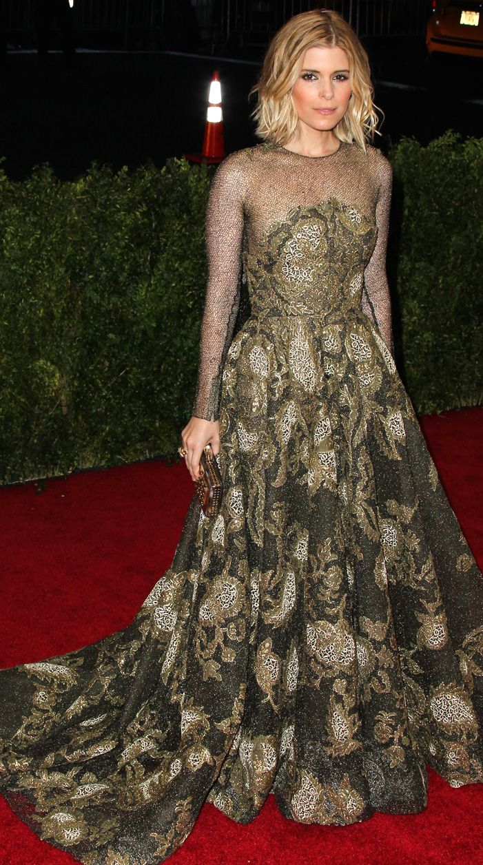 SparkLife » TSwift, Emma Stone and More: 25 Met Gala Gowns That Took Our Breath (BUT NOT OUR ALL-CAPS) Away!
