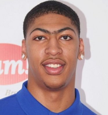 Nba Player Anthony Davis And His Famous Unibrow People I Want To