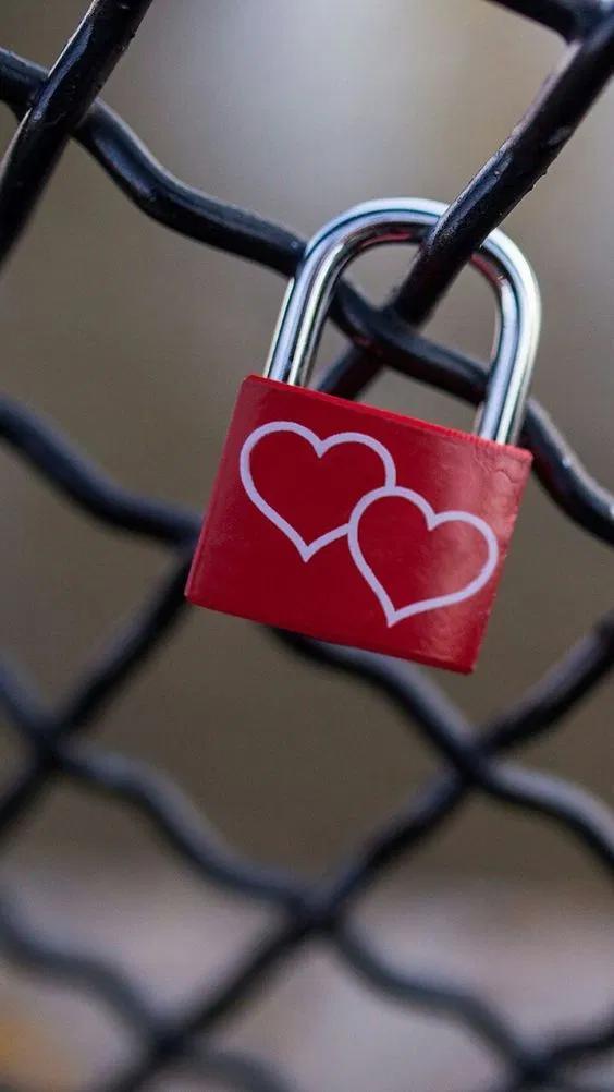Pin By Azam Abniki On Photo Love Wallpaper Love Wallpapers Romantic Heart Wallpaper Hd