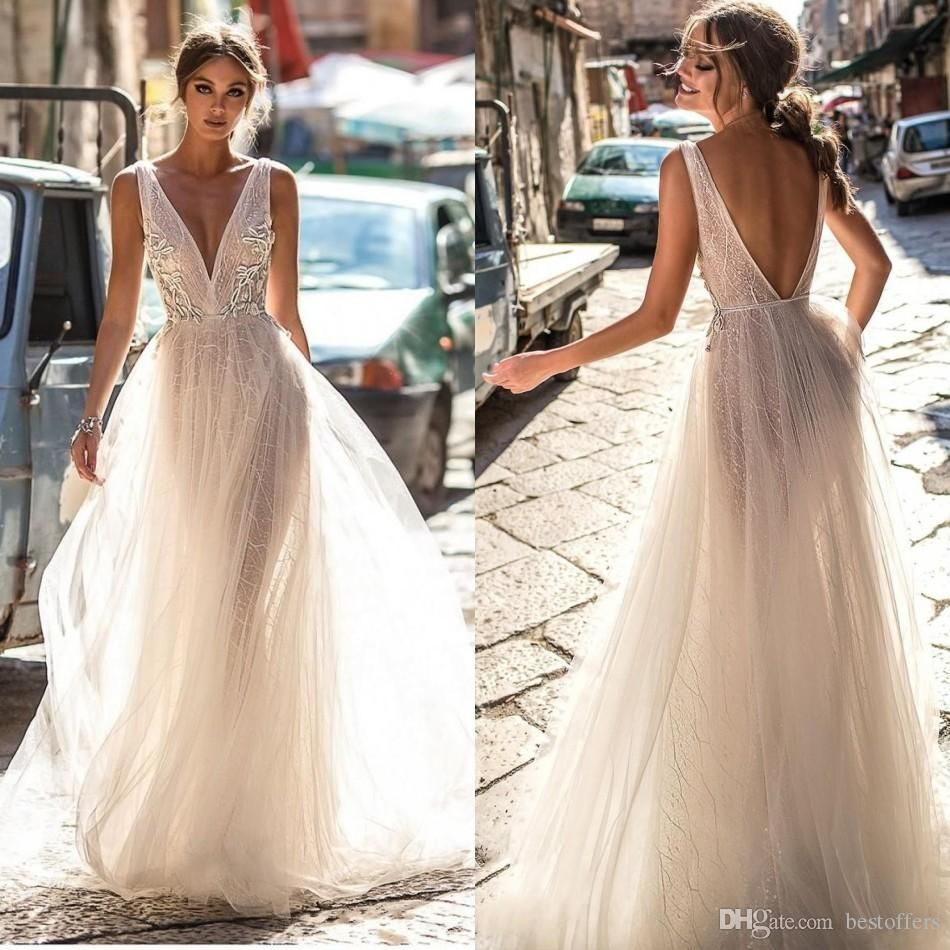 Discountberta Bride 2018 Summer Lace Wedding Dresses Backless Deep V Neck Lace Appliqued Boho Bridal Gowns Illusion Bodice Tulle Wedding Dress From Bestoffers Backless Wedding Dress Bohemian Beach Wedding Dress [ 950 x 950 Pixel ]