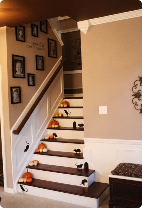 Ghostly Halloween decoration ideas mouse stairs image pumpkins House - halloween decoration ideas home
