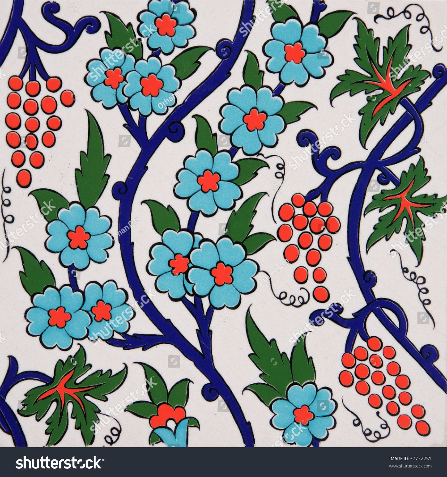 Turkish artistic wall tile - floral pattern | Stenciling | Pinterest ...
