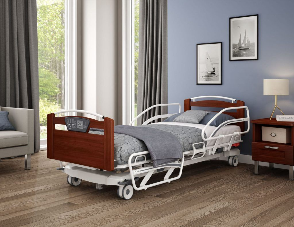 Choosing an Electric Hospital bed for Elderly Seniors