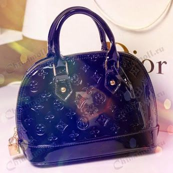 #bag #dior #black #beautiful #fashion #brand #walk #girl