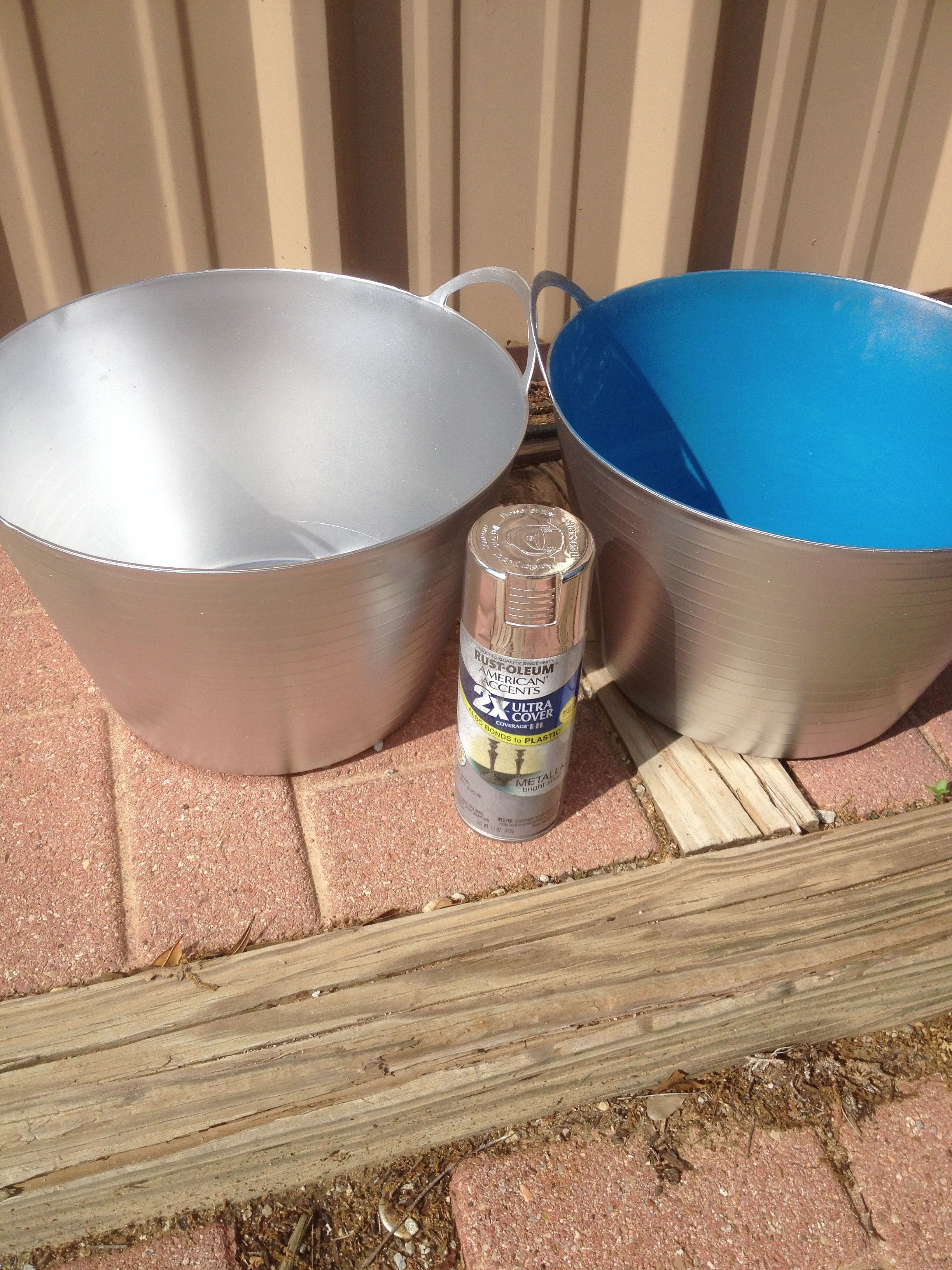 Turn Plastic Buckets Into Metal Buckets Using Metallic Silver Spray Paint Dollar Store Decor Fun Bucket Silver Spray Paint