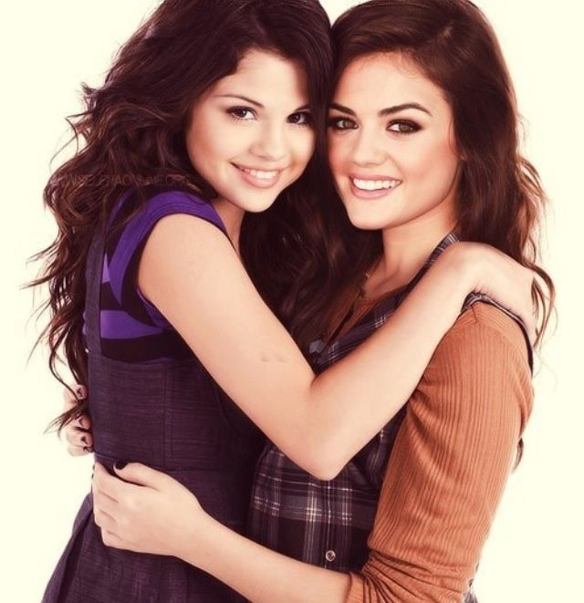 lucy hale and selena gomez - Google Search | Lucy hale ...