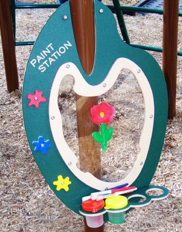 Outdoor paint station?  Great idea!