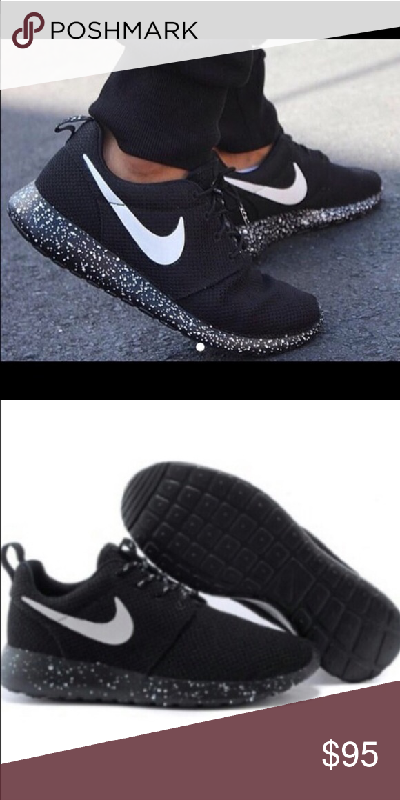40994b2cb435 NIKE ROSHE RUN SPECKLE WOMENS SZ 7 NEW New Nike roshe run size 7! No box  sorry Nike Shoes Athletic Shoes