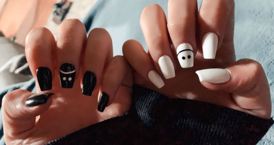 Smiley Black And White Nails White Acrylic Nails Acrylic Nails Coffin Short White Gel Nails With a neon yellow base and a toothpick or dotting tool dipped in black polish, you can easily bring this look to life. white acrylic nails acrylic nails
