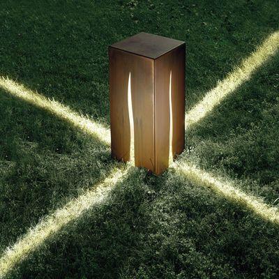 Lampada Da Pavimento Granito H 60 Cm Per Ad Euro 760 00 In Artemide Illuminazione Lampade Lampad Luminaires Jardin Lampe Solaire Jardin Eclairage De Jardin