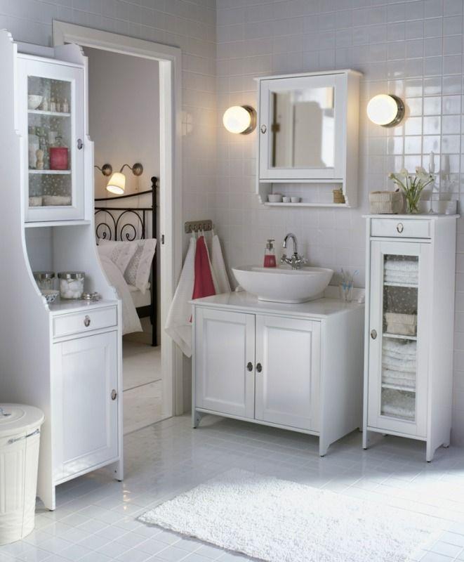 HEMNES glass-door cabinet used for linen storage Motif - Ikea - badezimmermöbel weiß landhaus