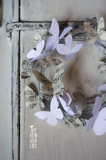 Photo of ghirlanda di farfalle di carta
