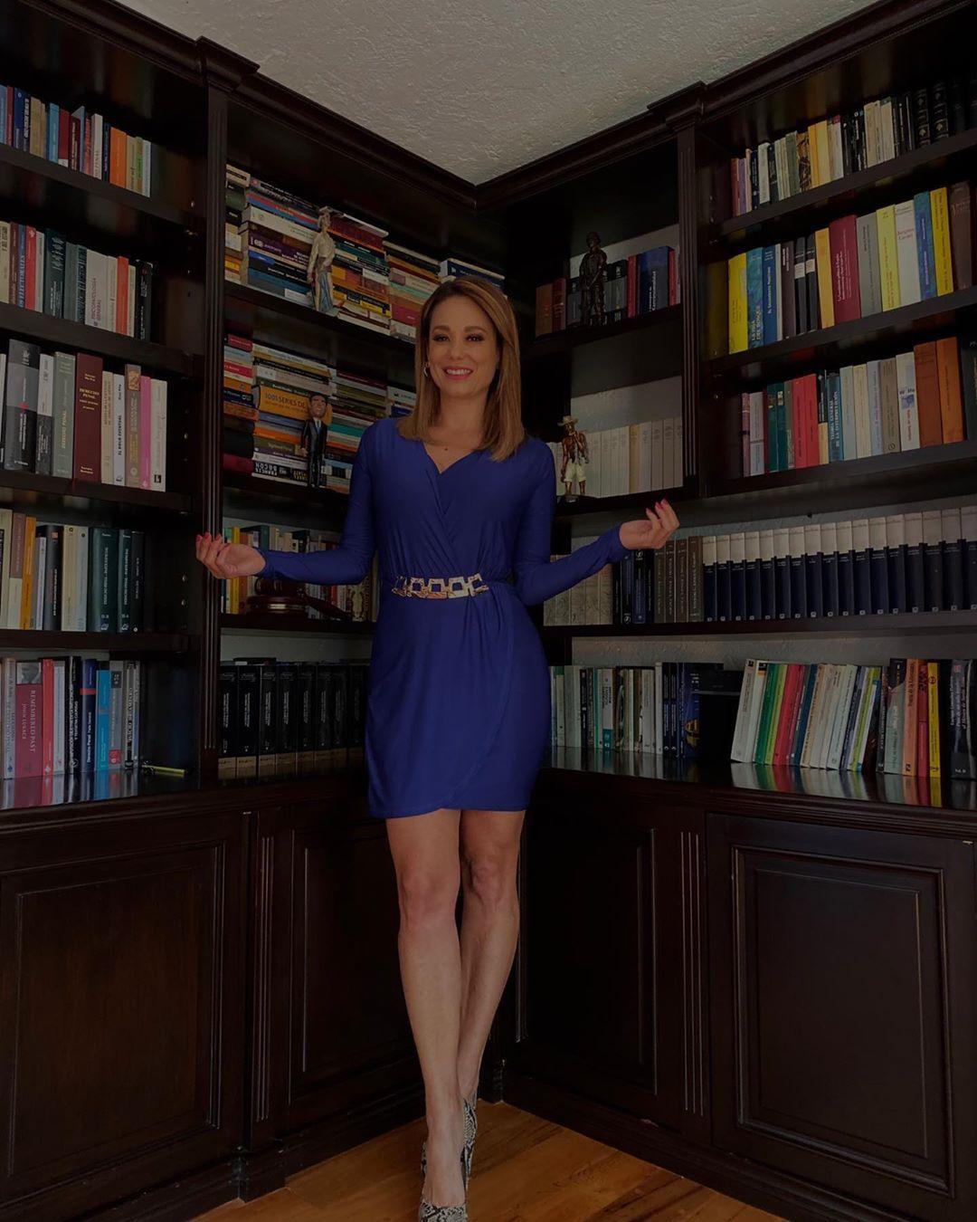 59 Me Gusta 5 Comentarios Judith Gradilla Judithgradilla En Instagram Iniciando La Semana Un Poco De Lectura Para Est In 2020 Dresses Fashion Formal Dresses