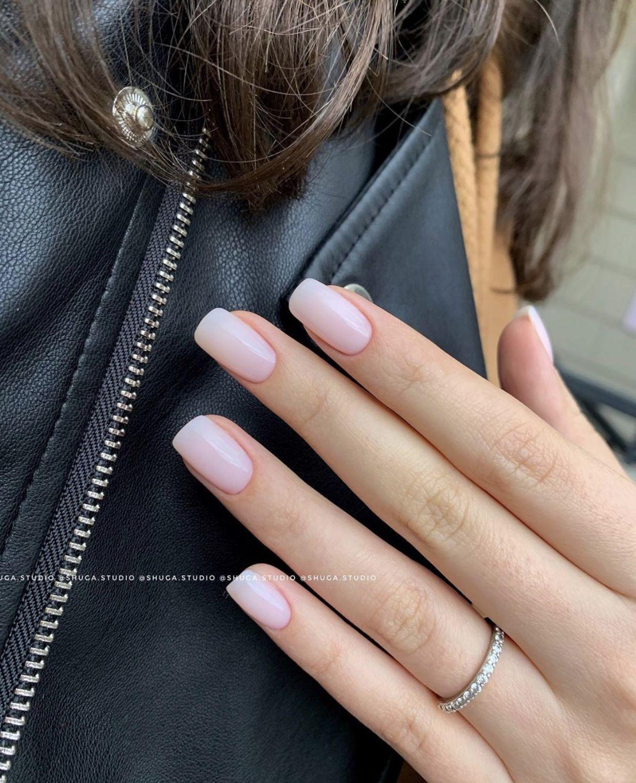 #nailshape,#nailshape Tatsächlich handelt es sich bei einer Nagelmodellage um eine Naturnagel...