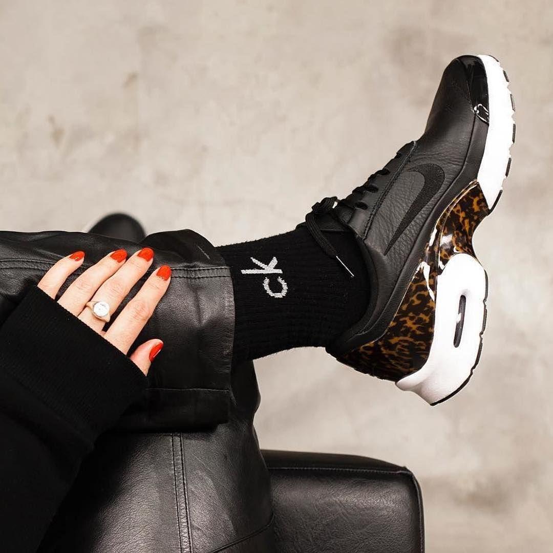 sneakers women nike air max jewell natalia infantes nike air max women pinterest. Black Bedroom Furniture Sets. Home Design Ideas