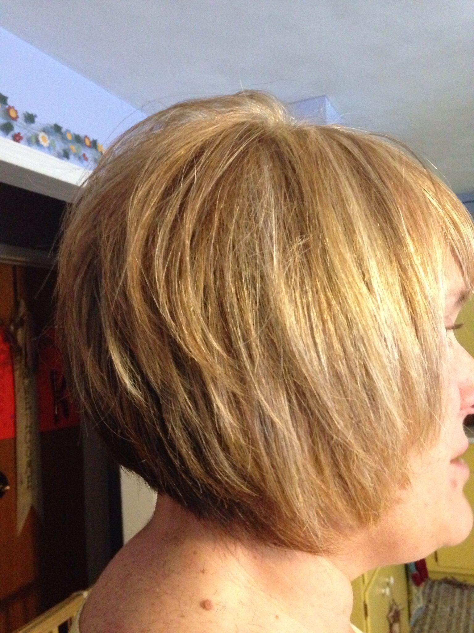 Golden blondes with razor cut bob hair saraus hair creations