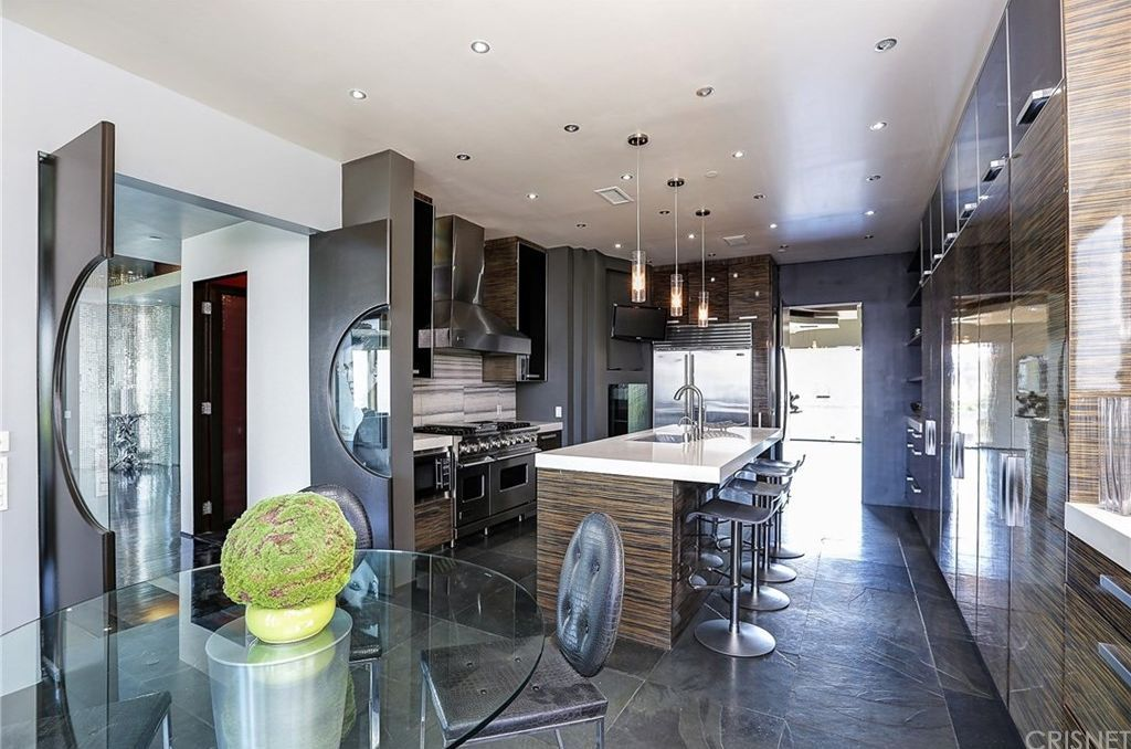 Zillow has 275 homes for sale in Los Angeles CA. View
