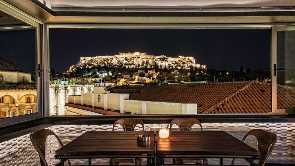 360 Degrees Athens Amazing View And Food Athens Athens By Night Roof Garden