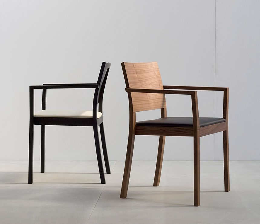 Ordinaire ST4N Dining Chair Image 1   Medium Sized