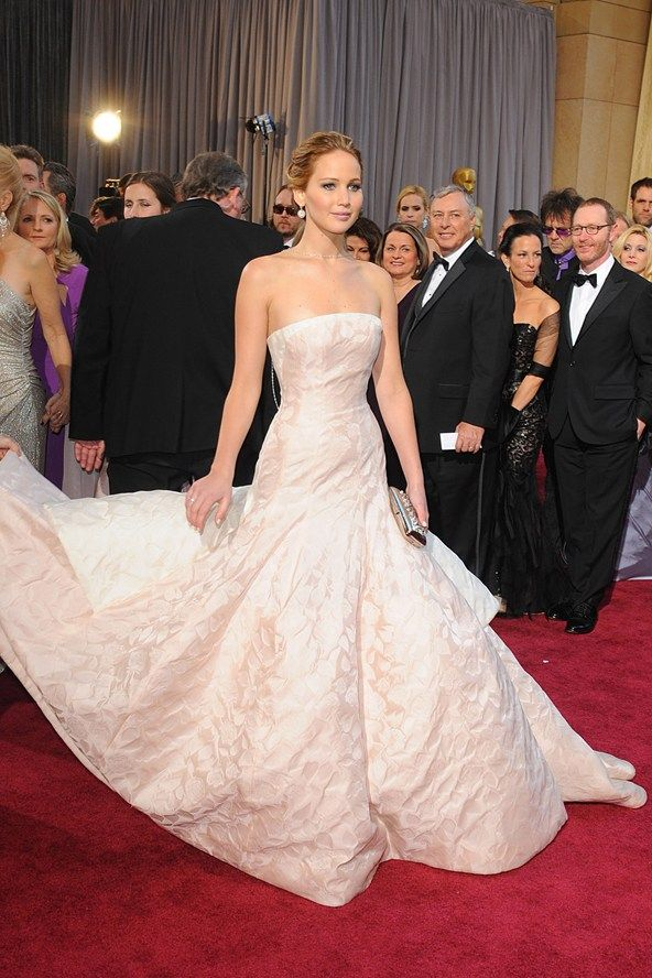Jennifer Lawrence dress Dior Couture Oscars 2013