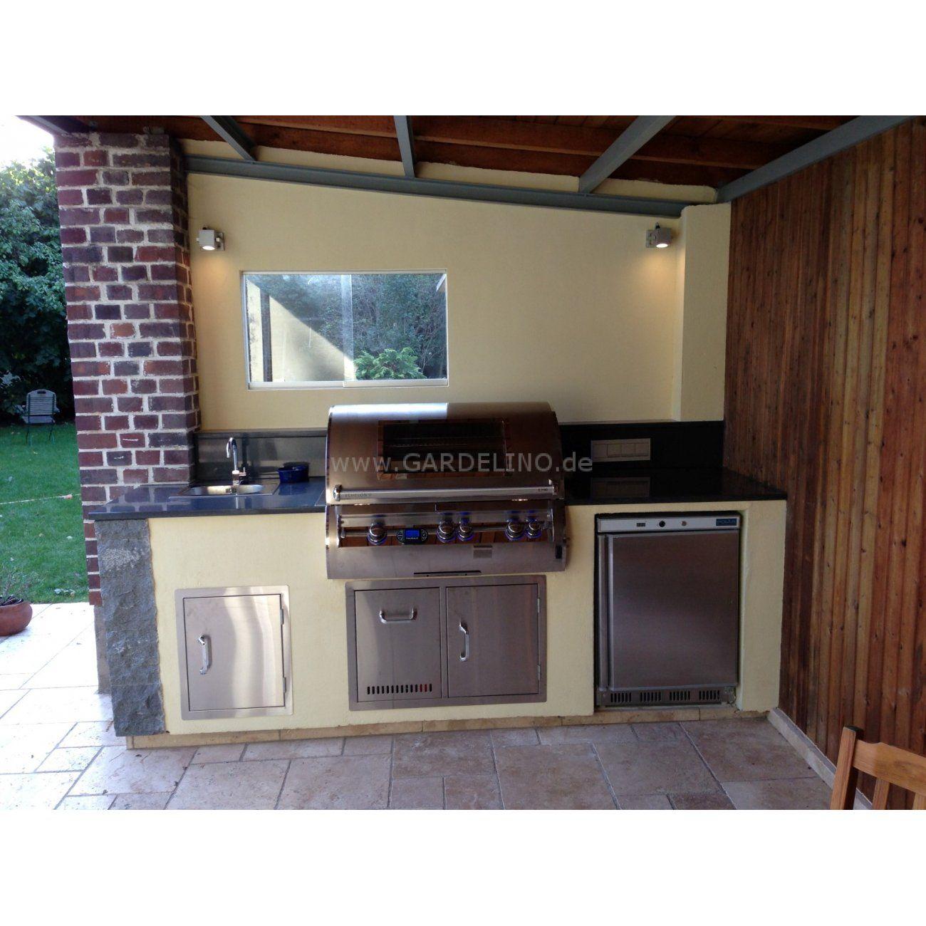 Außenküche mit Fire Magic Grill // Outdoor kitchen with Fire Magic ...
