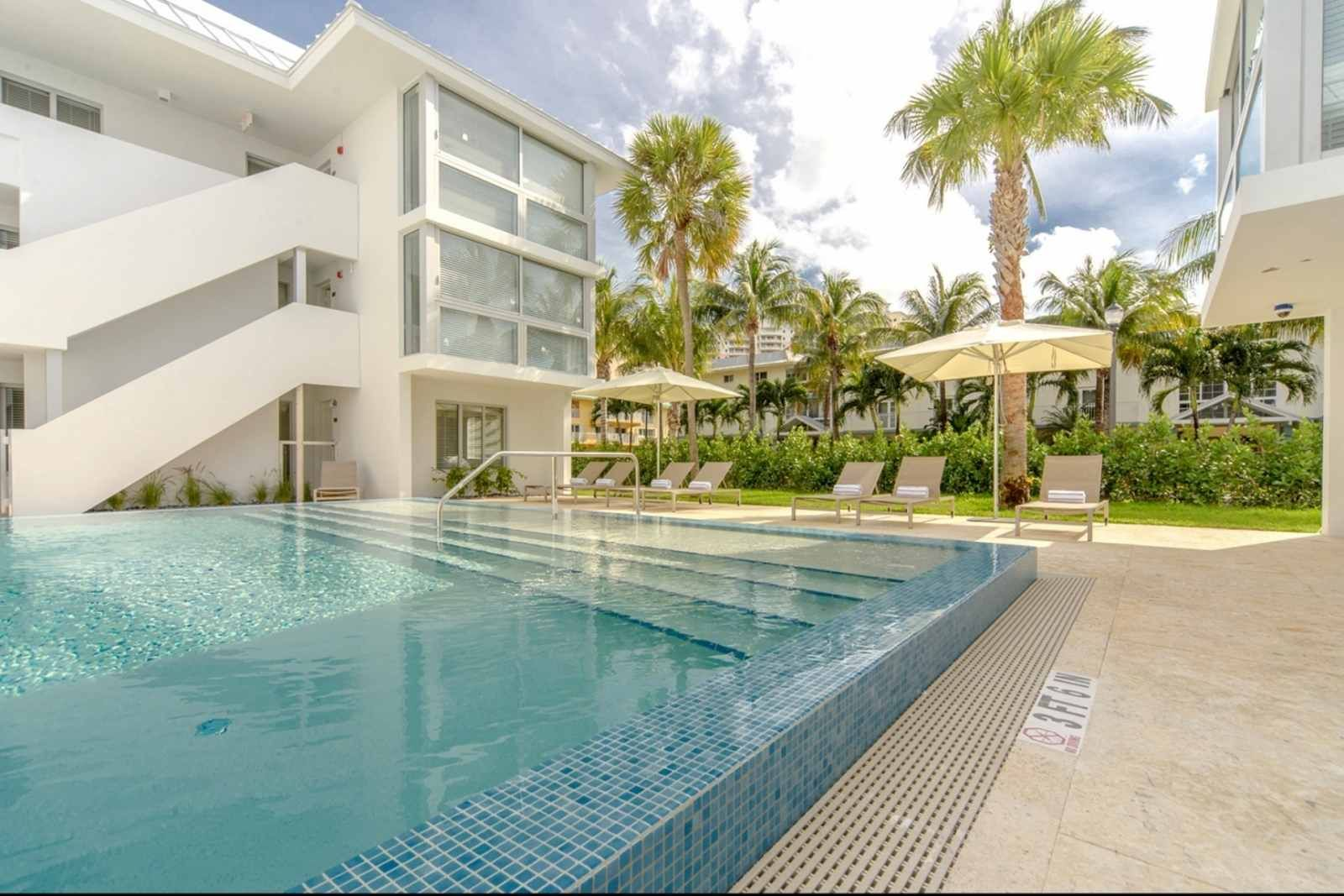 Key Biscayne Vacation Al Ask For Discoutns B Beach Haus Modern