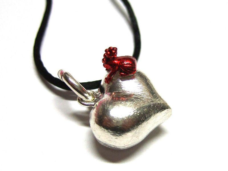 Ketten kurz - großes Silber Herz mit Frosch - ein Designerstück von 1000art bei DaWanda
