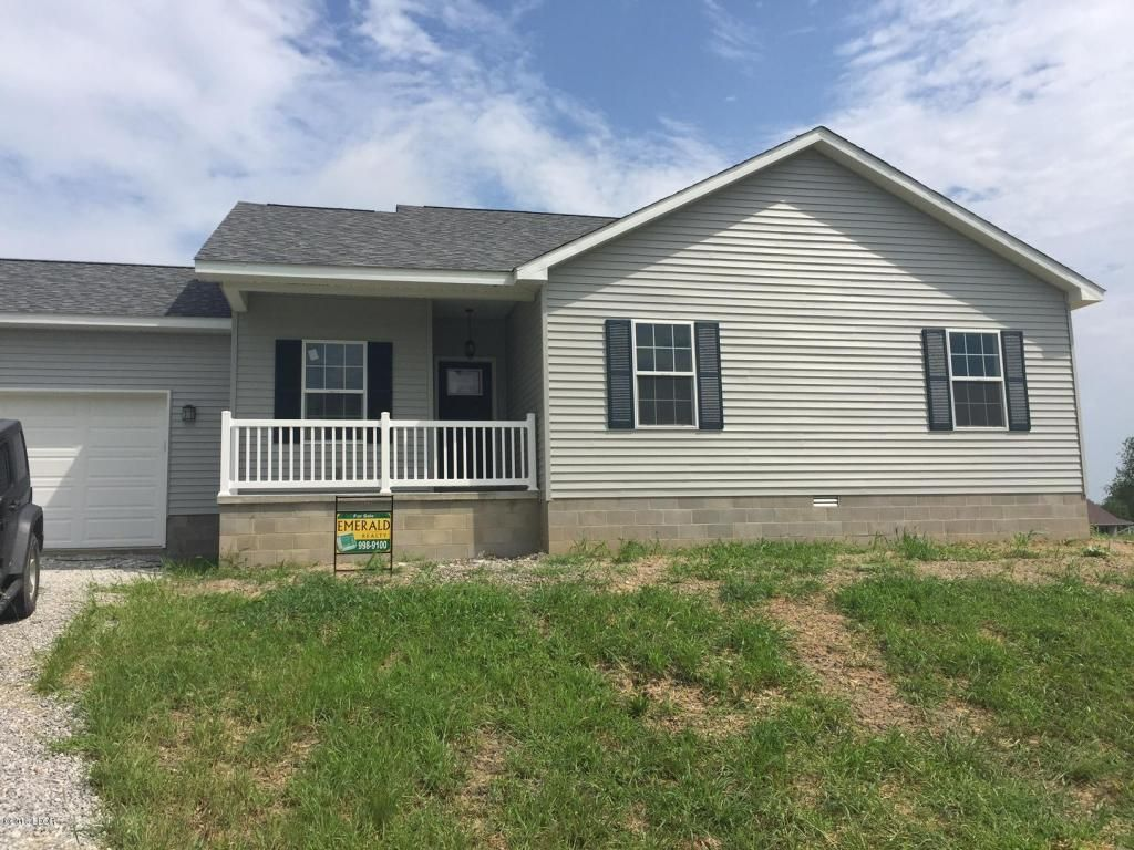 Open House Friday August 26 10am 4pm Schedule A Meeting Today House 2 Home Realty Www H2hrealty Net Carterville Il Mls 408361 House 2 House Realty