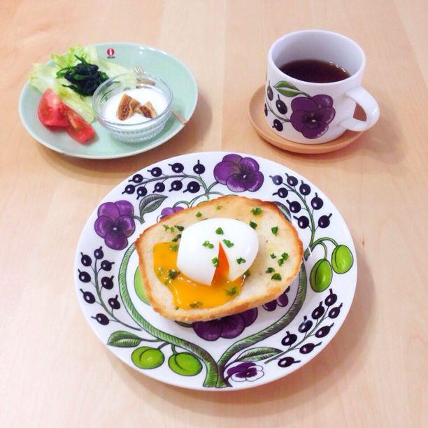 とろたまごのせトーストで、朝ごはん。