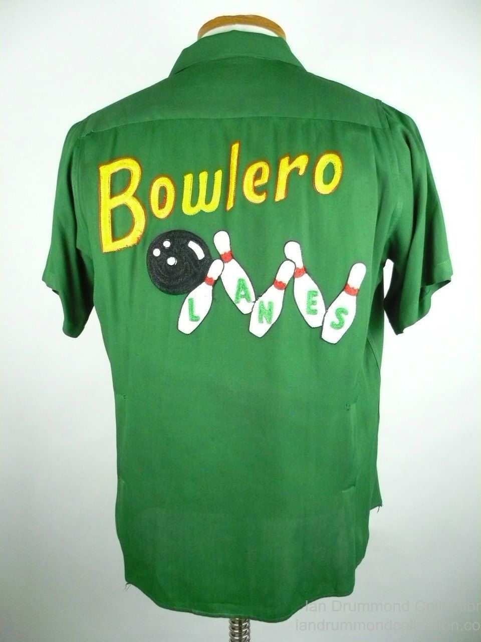 8001d28f Vintage 1950s Bowling Shirt, King Louie, Green Rayon Gabardine, Embroidered  Ball and Pins, Bowlero, Ken, Size M by idcmasculine on Etsy