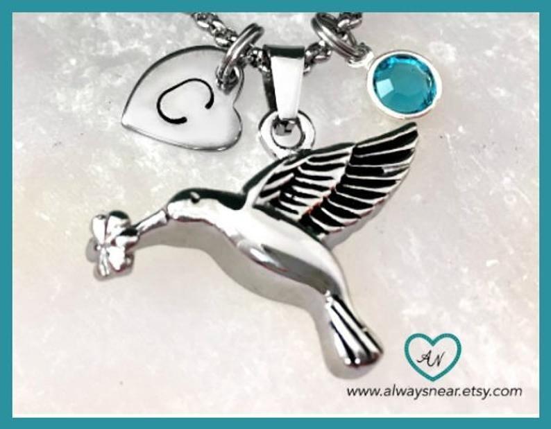 Cremation jewelry hummingbird // Ashes hummingbird
