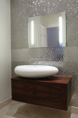 love the organic sink with the rectangular cab Baños Pinterest