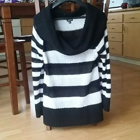Horizontal Striped Knit Sweater Oversized horizontal Black/White Striped Knit top with Cowl Neck. Very cute on. Only been worn a few times. Torrid  Tops Blouses