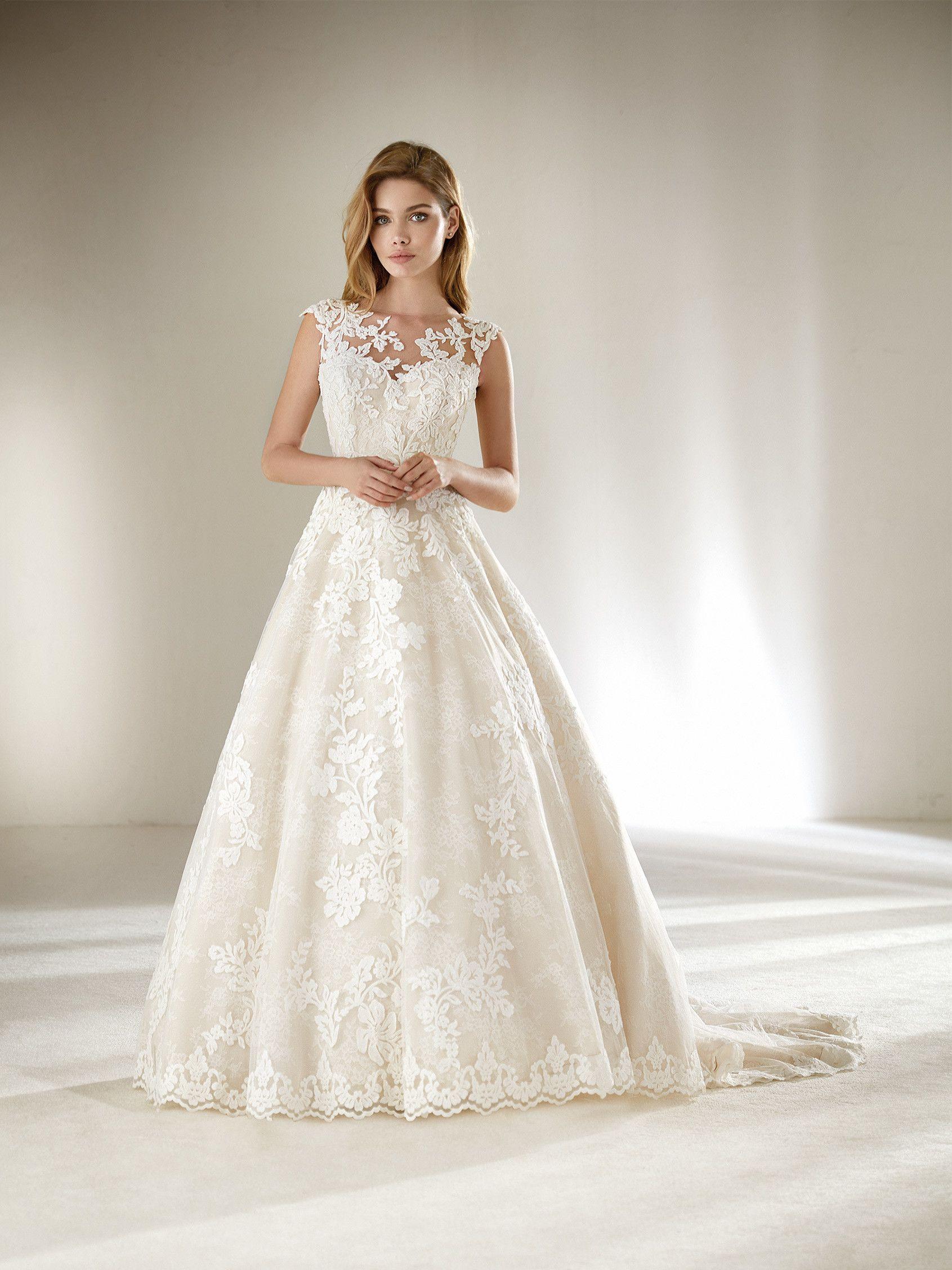 Pin von Regina Heibl auf Bridal  Hochzeitskleid für kleine frauen