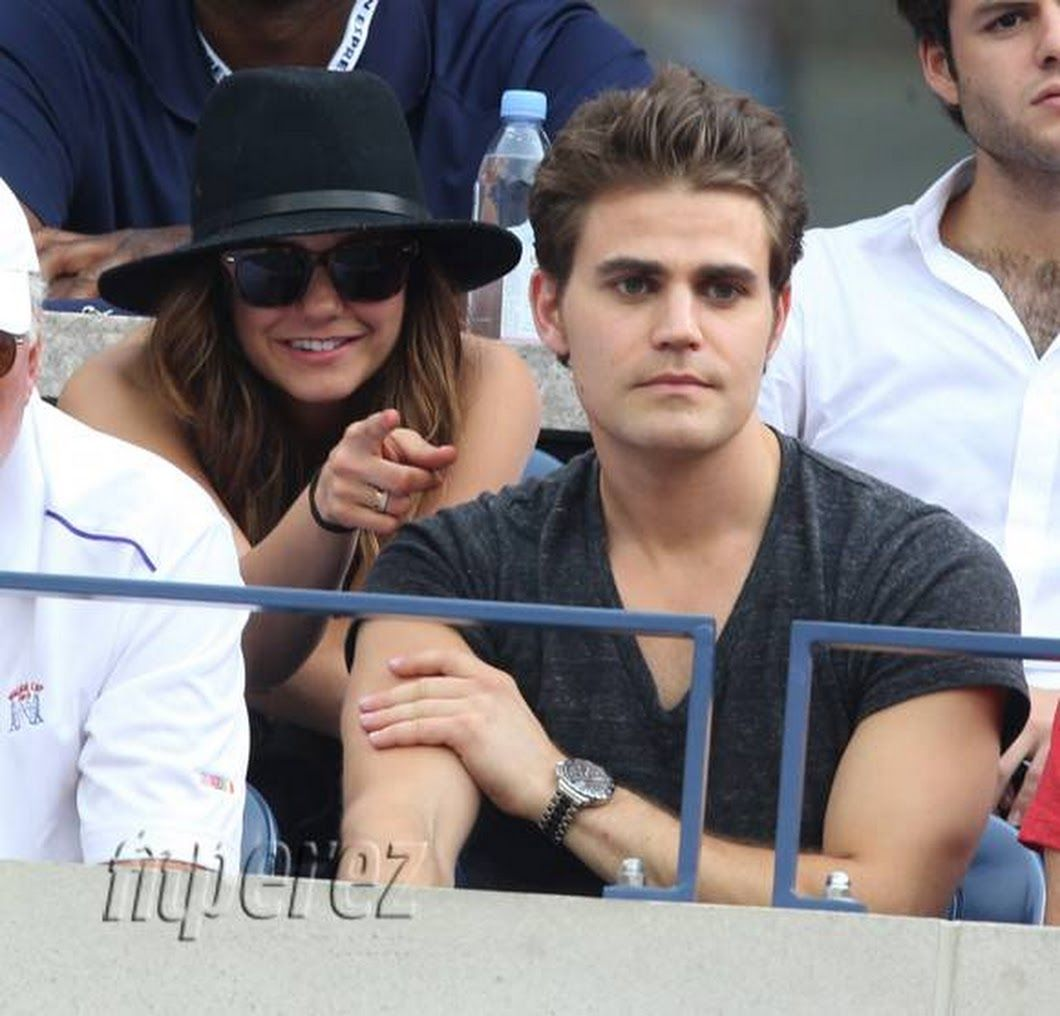 i.perezhilton.com/wp-content/uploads/2014/09/nina-dobrev-paul-wesley-enjoy-us-open-together__oPt.jpg