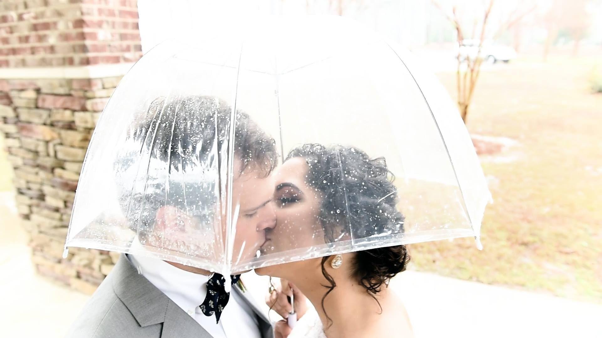 Cute rainy-day wedding video