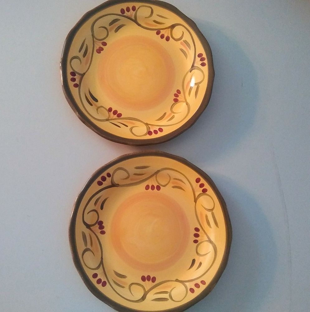 Yellow Ceramic Round Salad Plate Set Italian Villa Discontinued Home Trends Hometrends Yellow Ceramics Plate Sets Italian Villa