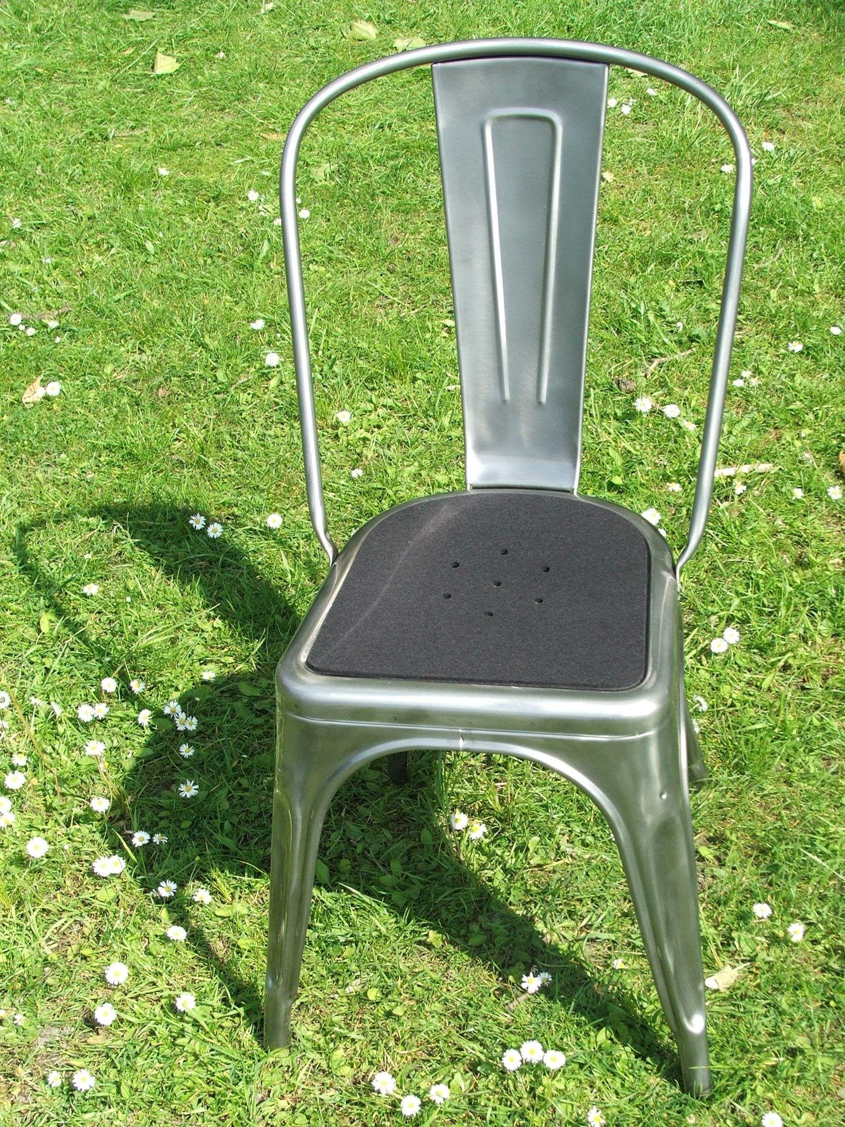 Tolix Sitzauflage Aus Filz Mit Lochmuster Farbe Schwarz Tolix Stuhl Sitzauflagen Schokobraun