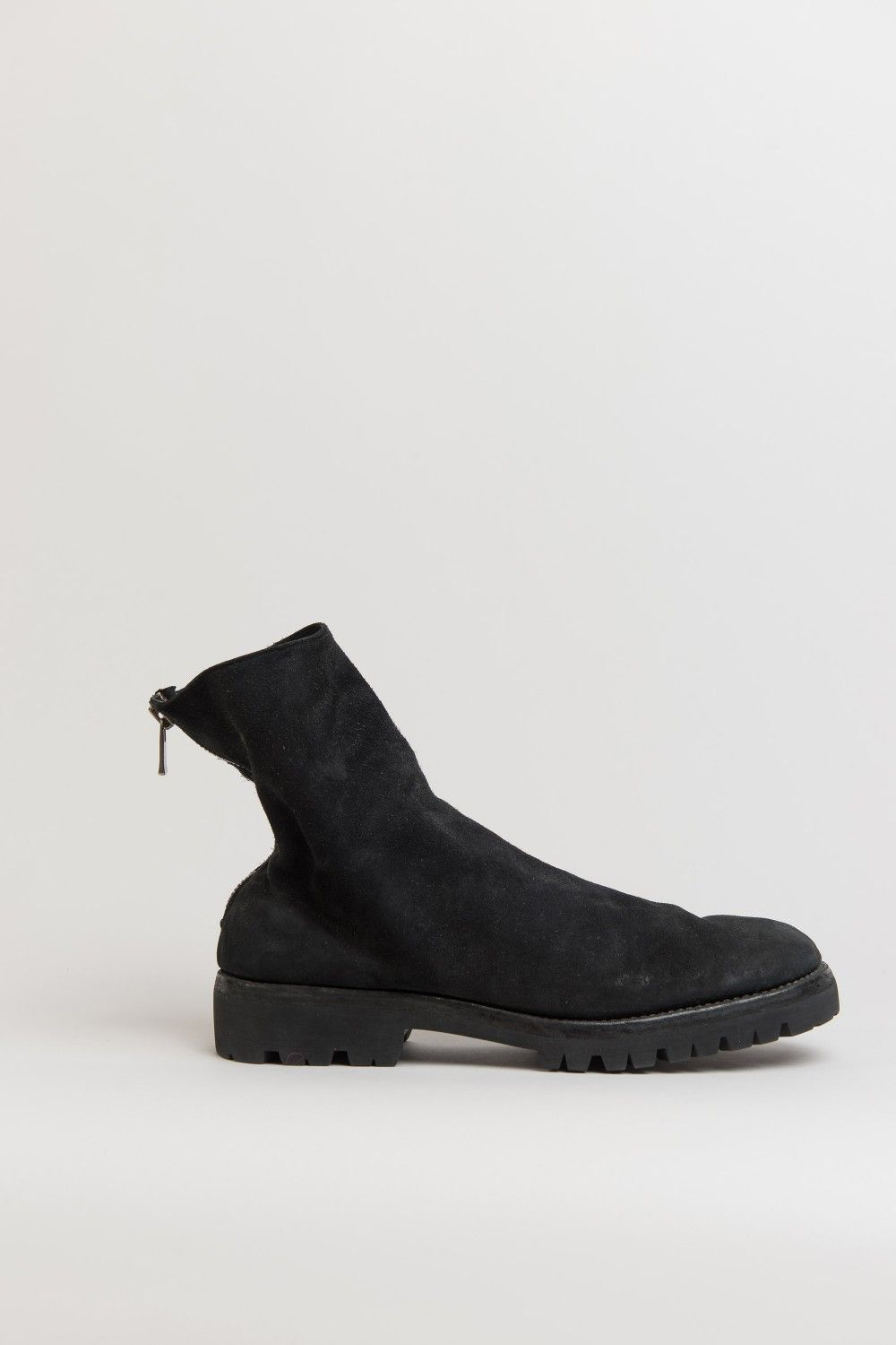 Guidiblack 796v baby buffalo reverse leather back zip boots with vibram  rubber sole