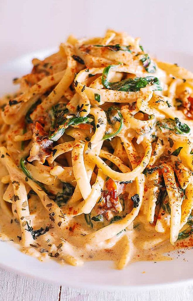 Creamy Sun-Dried Tomato Linguine with Spinach, Creamy Sun-Dried Tomato Linguine with Spinach #hollandaisesauce