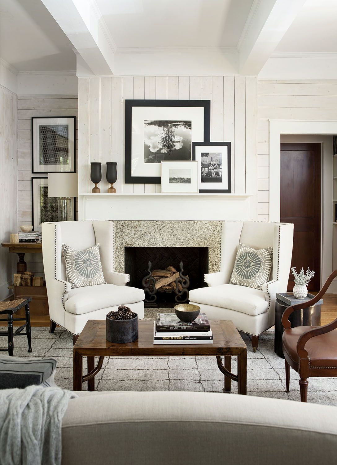 20 Cozy Corner Fireplace Ideas for Your Living Room | Brown interior ...
