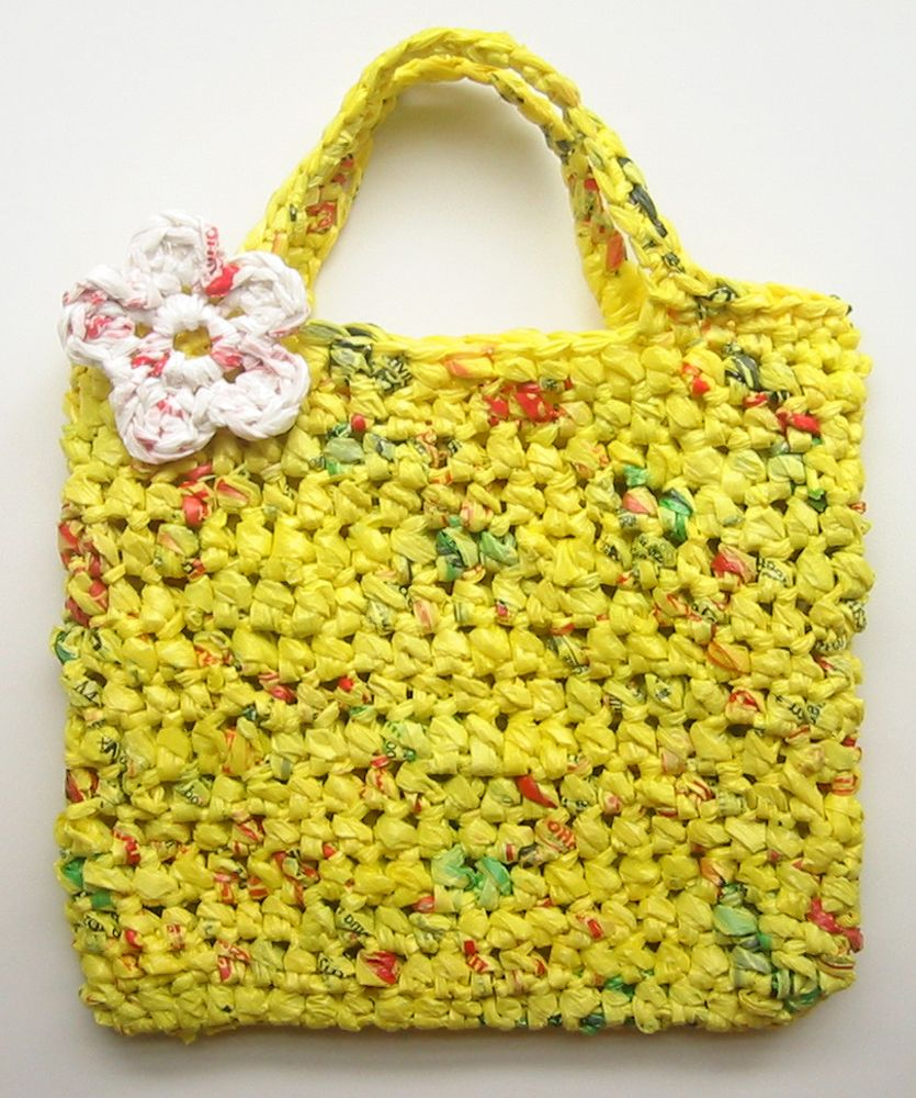 5b617dd968 How-Tuesday  How to Make Plarn   Crochet an Eco-Friendly Tote Bag