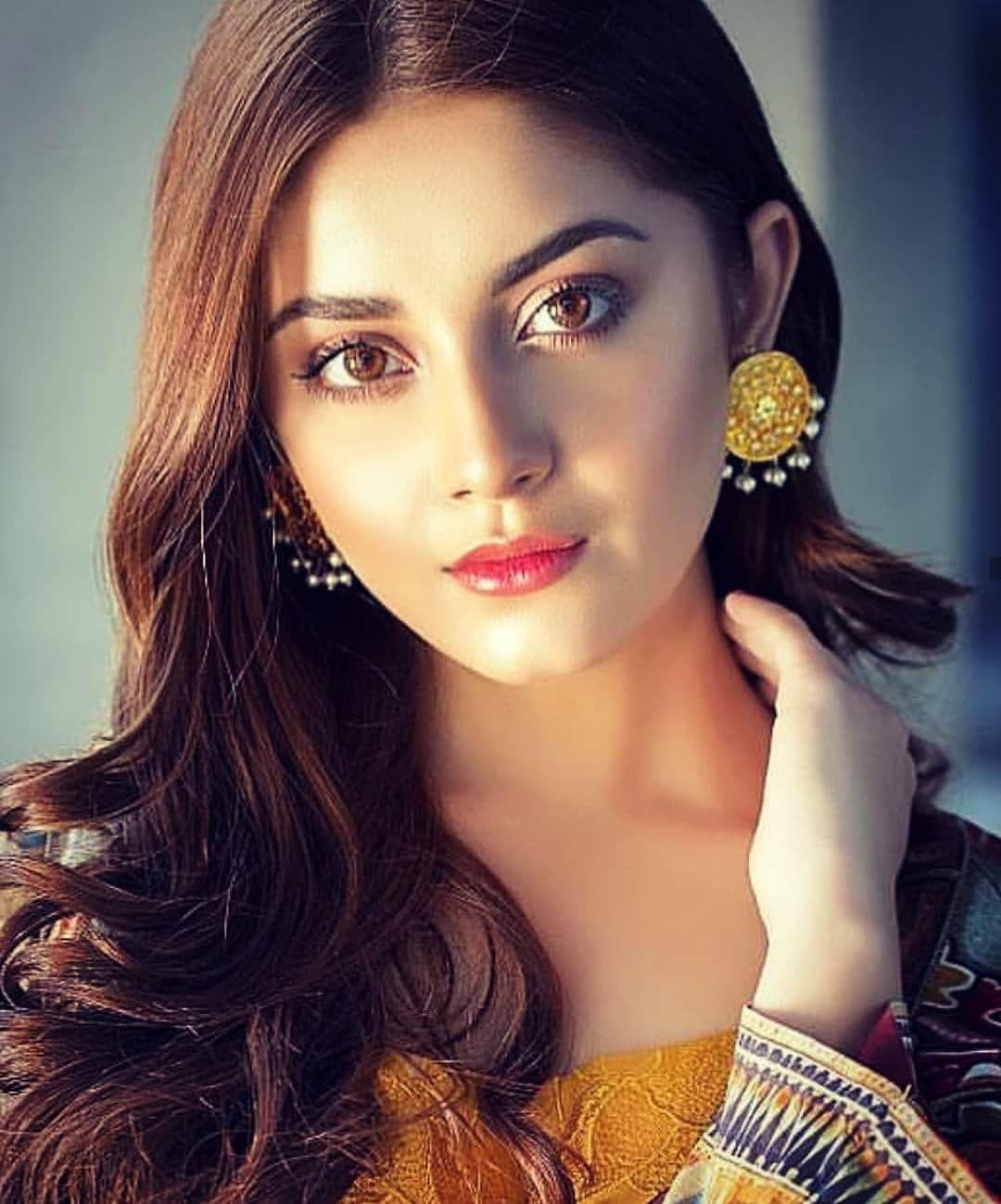 Pakistani 😍 good girls looking Free online