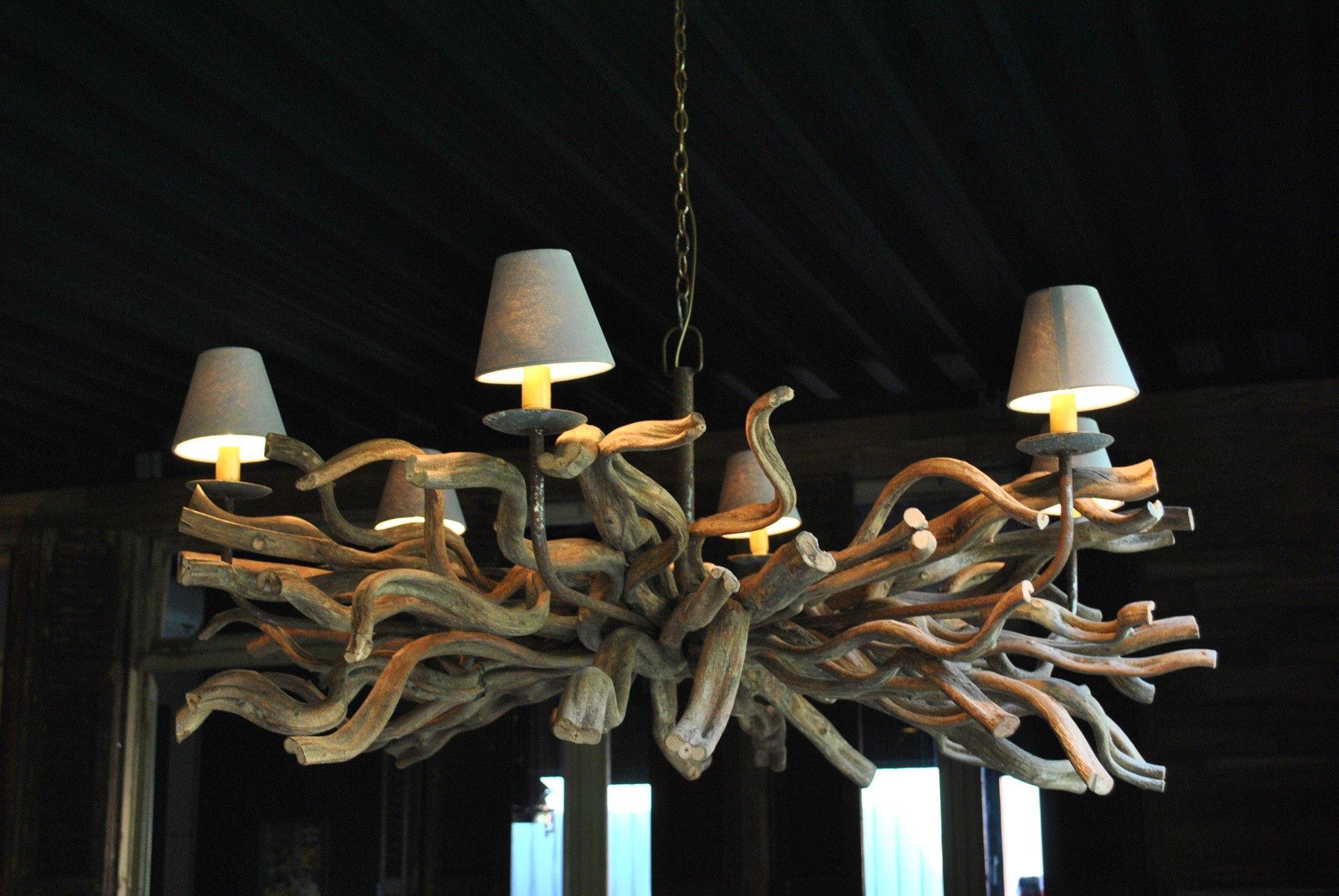 Gkrulde takken kroonluchter hang lamp kapjes lianen hout 6 for Kroonluchter kapjes
