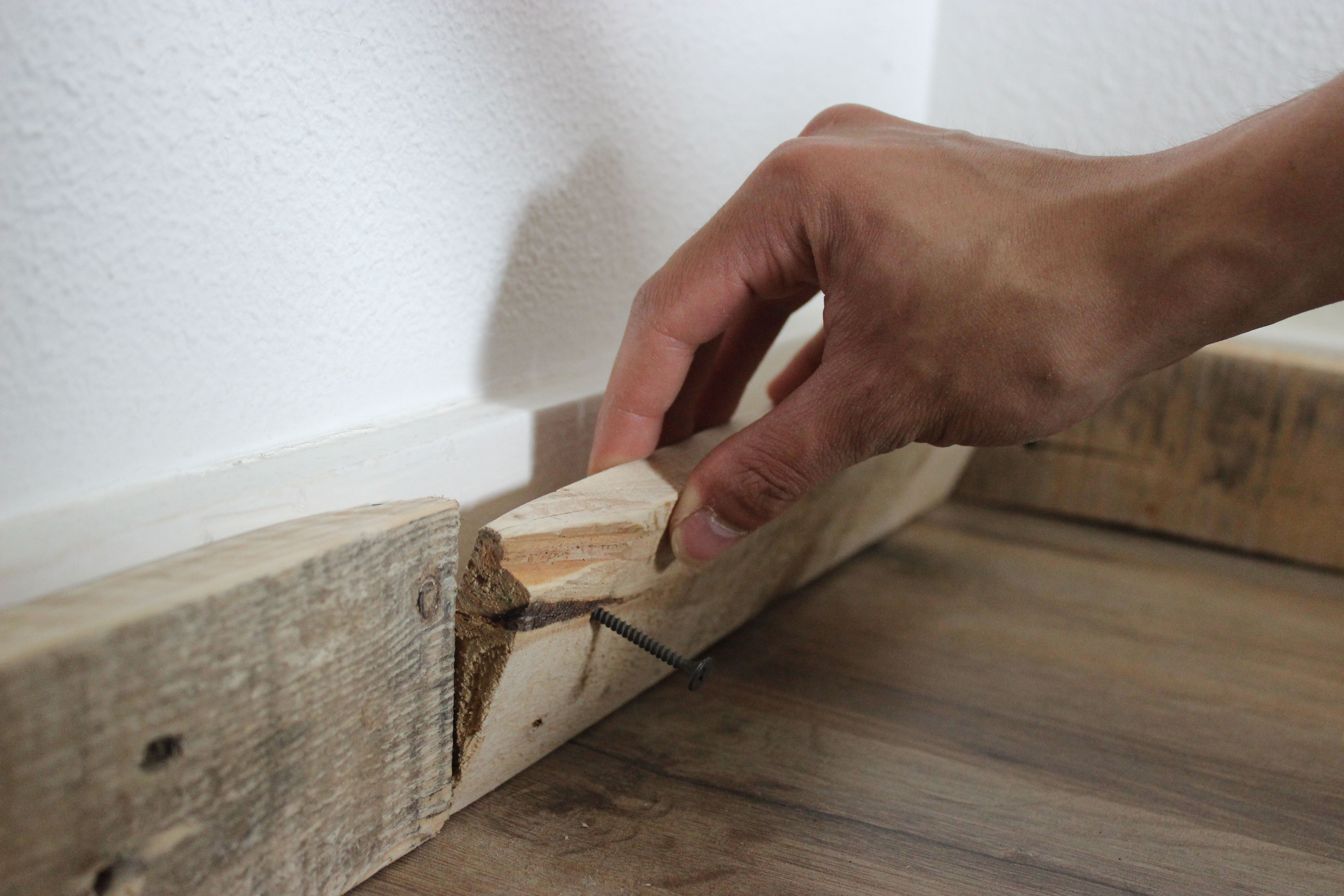 How to install baseboards over carpet - Pallet Baseboard