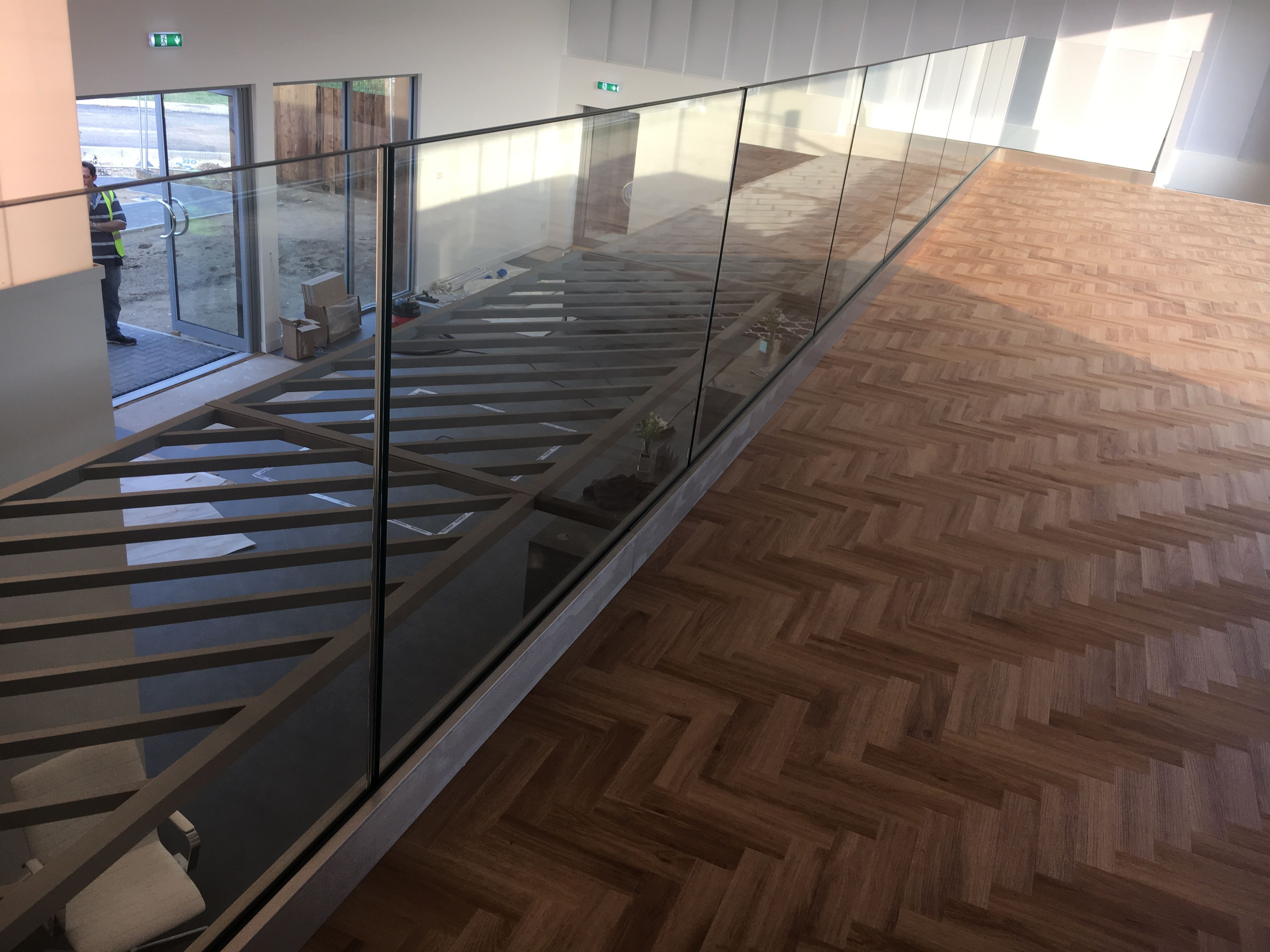 Best Frameless Glass Glass Stairs 400 x 300