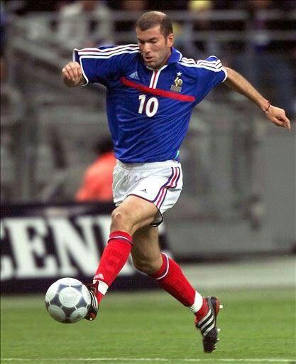 A true #Legend & #Maestro. #Zidane.