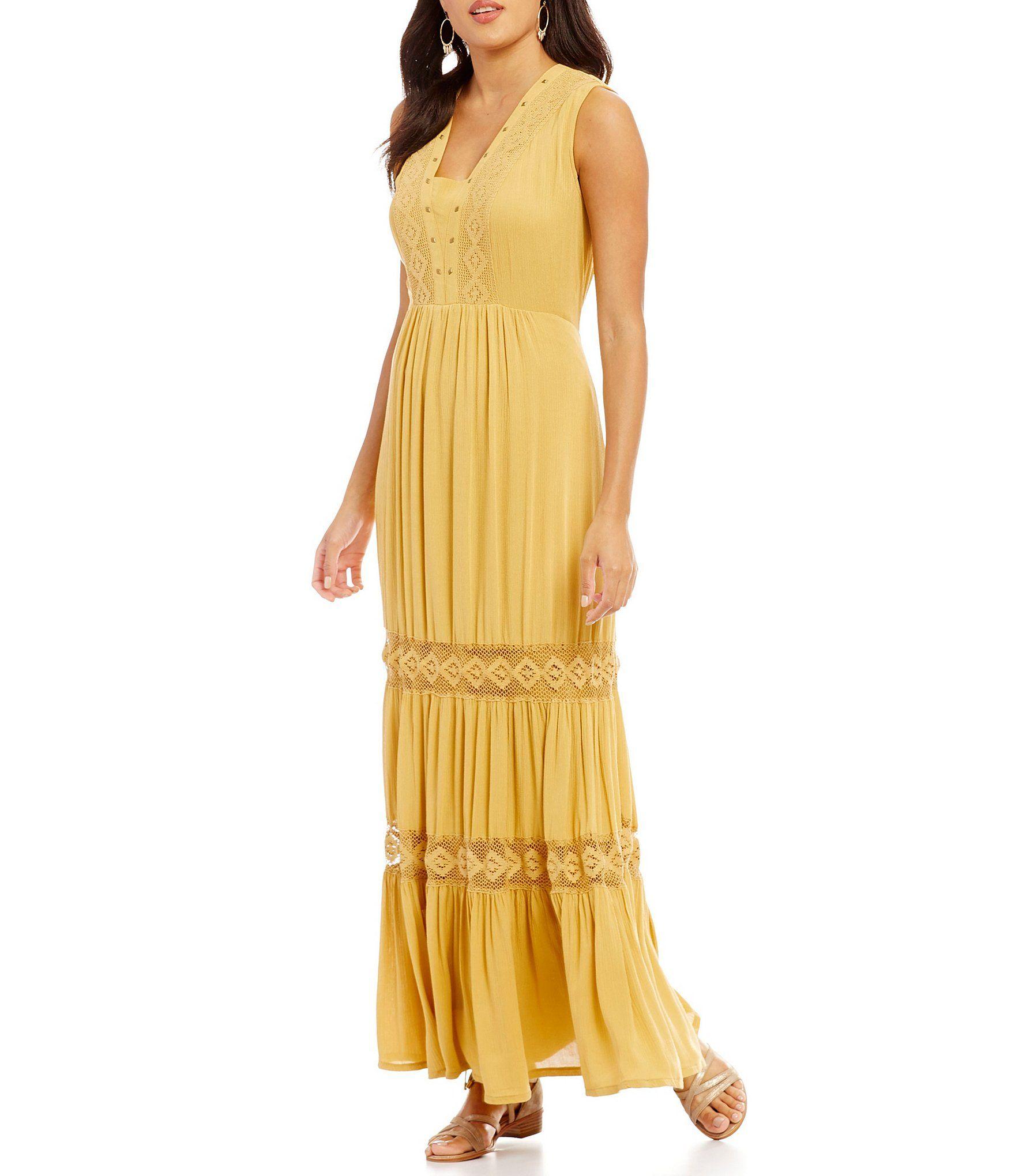 b509d9022fd Reba Crinkled Tiered Dress