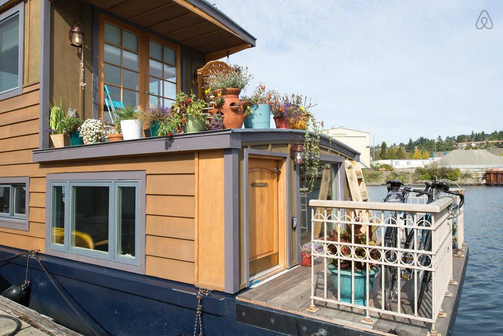 Seattle Houseboat Living   Get $25 Credit With Airbnb If You Sign Up With  This Link