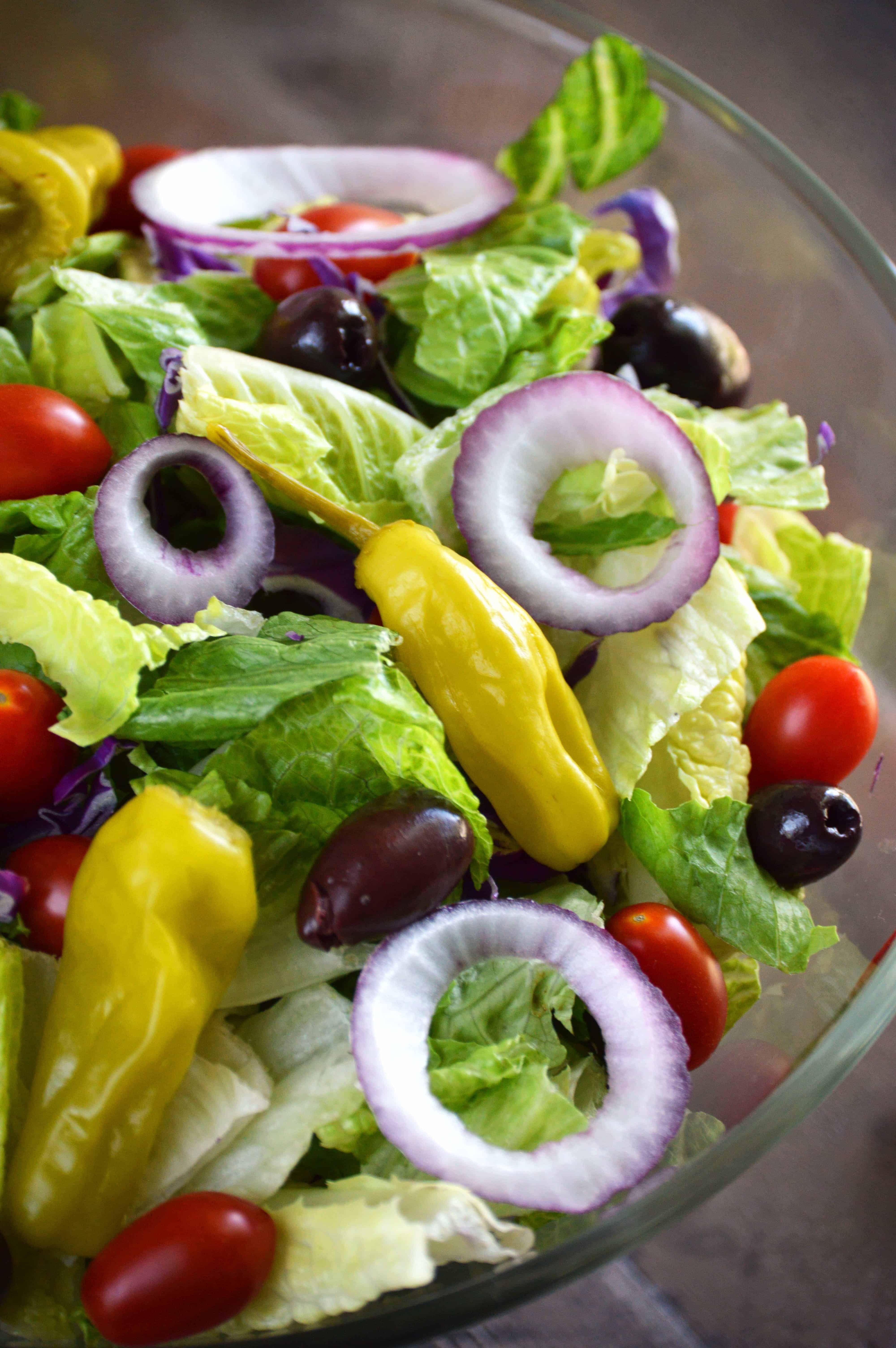 Easy italian salad recipe italian salad italian salad